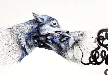 20100927183425-lina-vila-lobos-mordiendose-para-blog